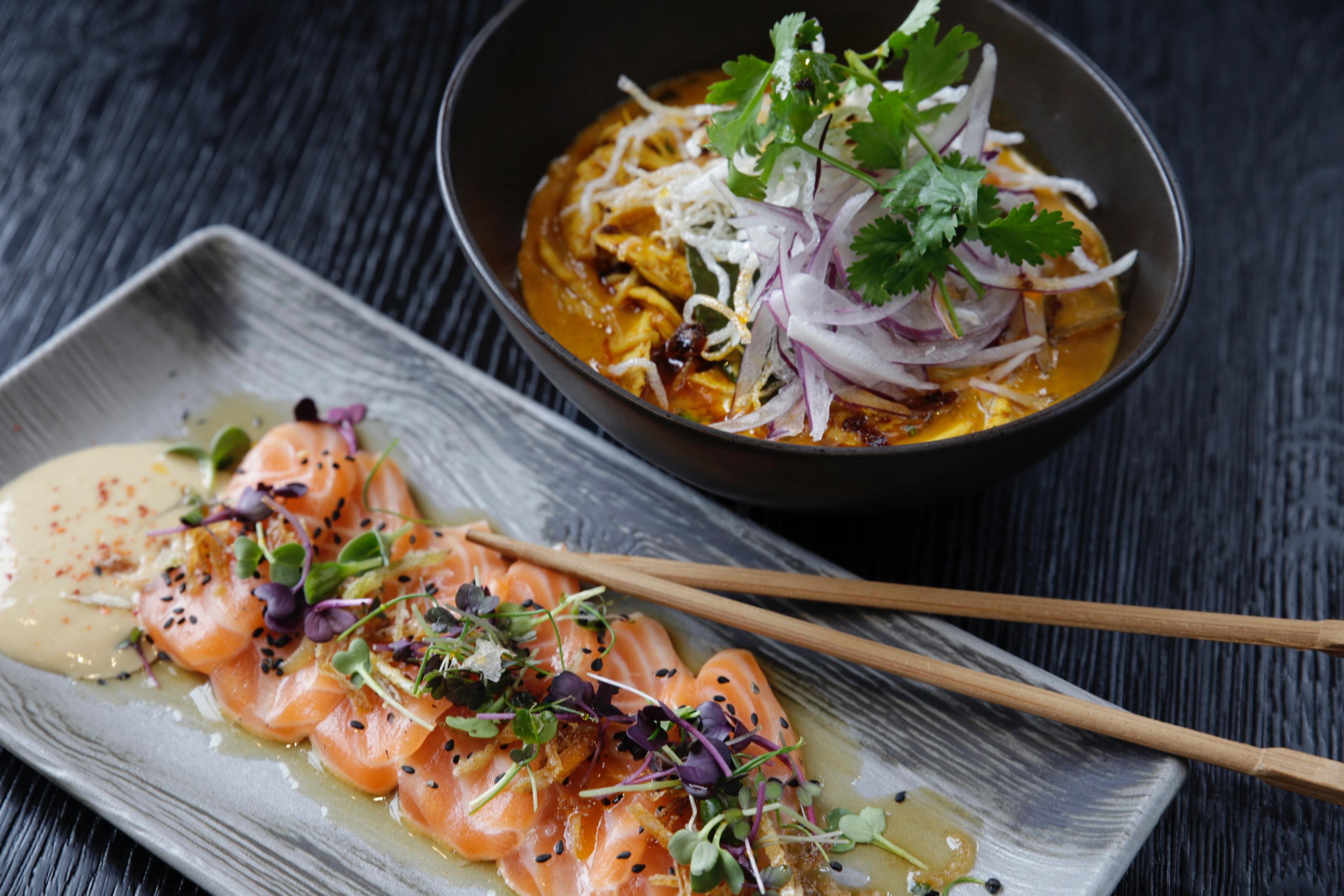 asian-food-bowl-chopsticks-628776